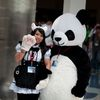 AX2010_0386