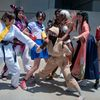 AX2010_0401