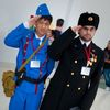 AX2010_0425