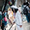 AX2010_0492