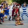AX2010_0598